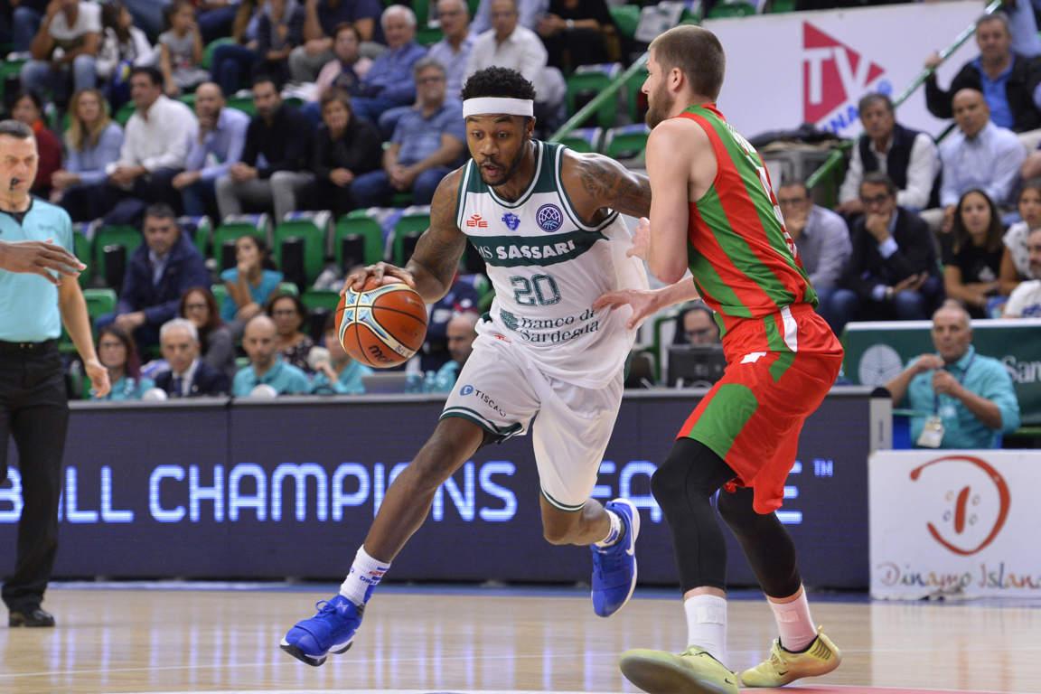 FIBA Champions League 2017-18: debutto amaro per la Dinamo Sassari che viene beffata allo scadere dal Pinar